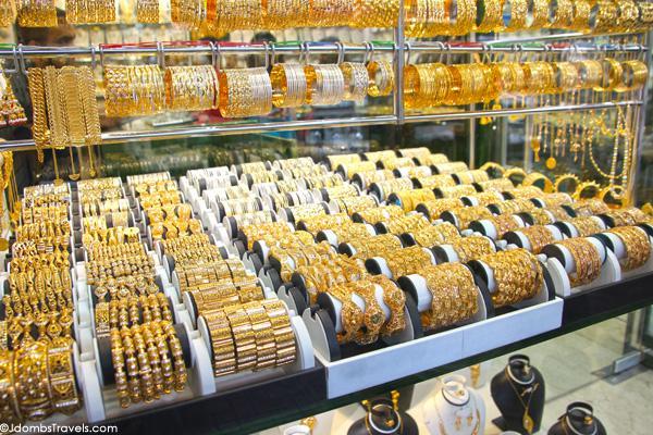 http://luxeadventuretraveler.com/wp-content/uploads/2012/12/Jdombs-Travels-Deira-Gold-Souk-3.jpg