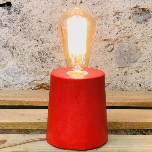 lampe béton rouge cylindre fait-main Junny
