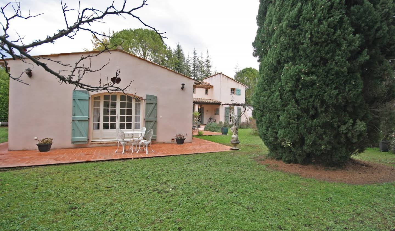 Villa avec piscine et terrasse Villecroze