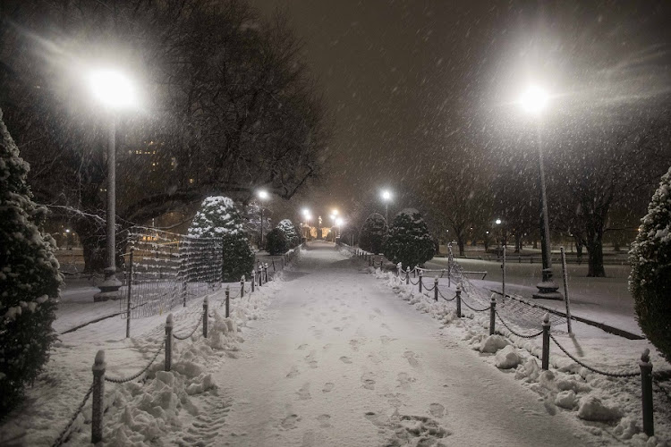 Snow begins to accumulate in the Boston Public Garden as another major nor'easter barrels Into northeastern U.S. on March 8, 2018 in Boston, United States. Picture: SCOTT EISEN/GETTY IMAGES