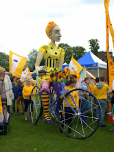 Photo: Second of four giant puppets on Parkers Piece, Cambridge for Olympic welcome