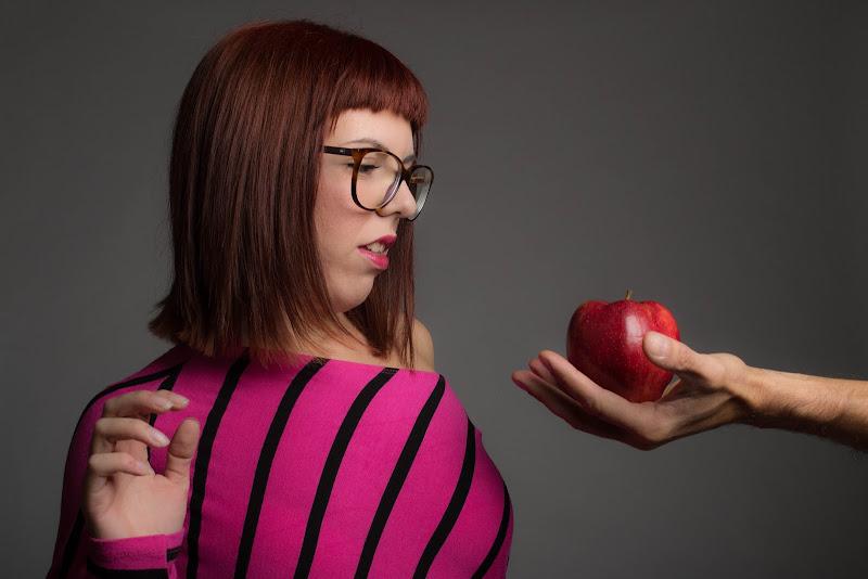 Cogli la prima mela.... di Peggy
