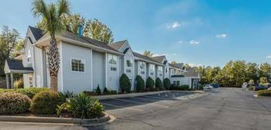 Motel 6 Simpsonville