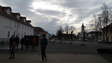 Photo: Ogulinski gradski trg sa baroknom Crkvom sv. Križa u pozadini