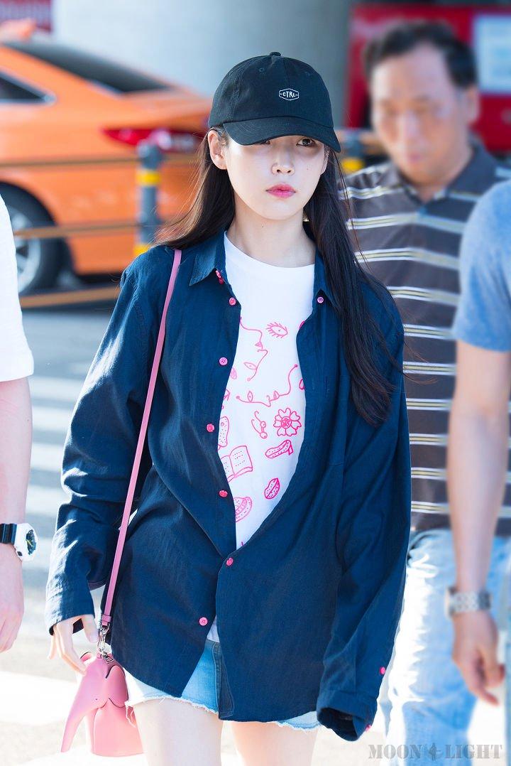 IUs-beautiful-and-neat-fashion-style-7