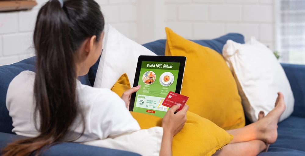 Dengan peralihan ke transaksi digital, desain e-menu restoran perlu dioptimalkan.