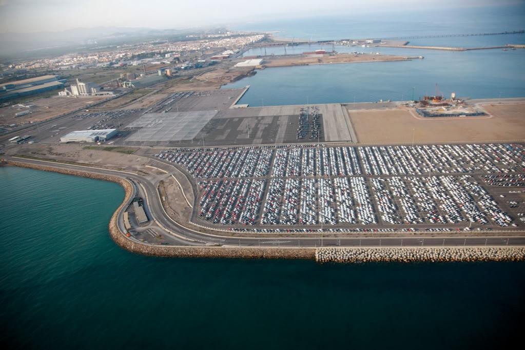 http://www.elpuertoexiste.es/wp-content/uploads/2012/11/Puerto-de-Sagunto.jpg