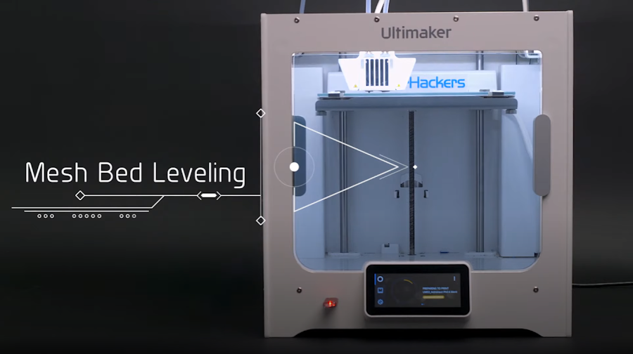 By using the nozzle itself as the bed probe, the Ultimaker S3 and S5 have a uniform first layer thickness ensuring consistent adhesion.