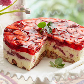Cointreau Strawberry Cheesecake