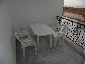Photo: Το μπαλκόνι του διαμερίσματος 12 - Balkony of apartment No 12