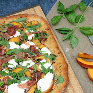 Peach Burrata Pizza {#SundaySupper}