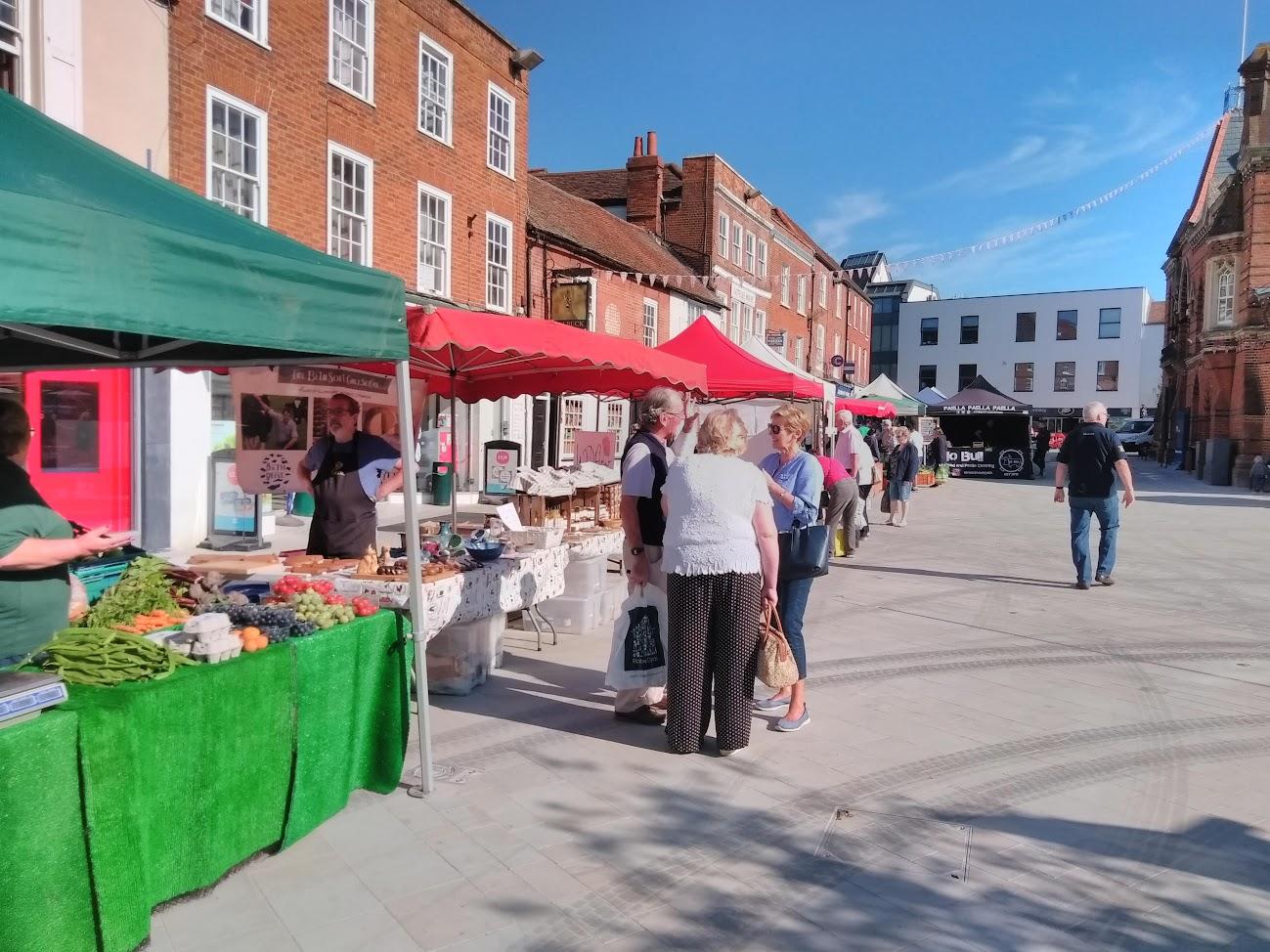 wokingham town council markets