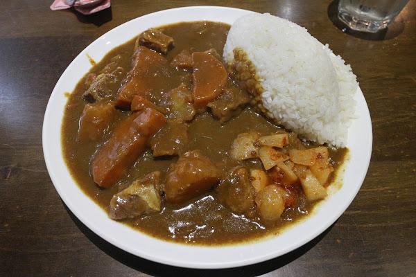 咖哩王 日式濃郁咖哩 料好實在 近遼寧夜市 台北食記