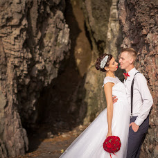 Wedding photographer Vladimir Sinyavskiy (Vladimirovich). Photo of 14.01.2016