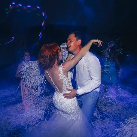 Wedding photographer Olesya Malienko (Andromeda86). Photo of 10.08.2017