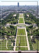 Photo: Jardines de Marte. París. www.viajesenfamilia.it