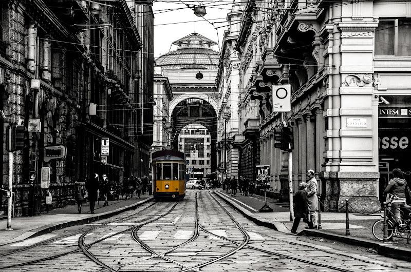 Un tram in Cordusio di si