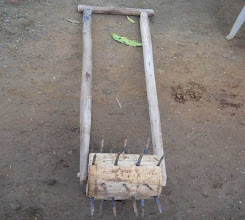 Photo: Farmer-made weeder for SRI plots in the Madhya Pradesh region of India.