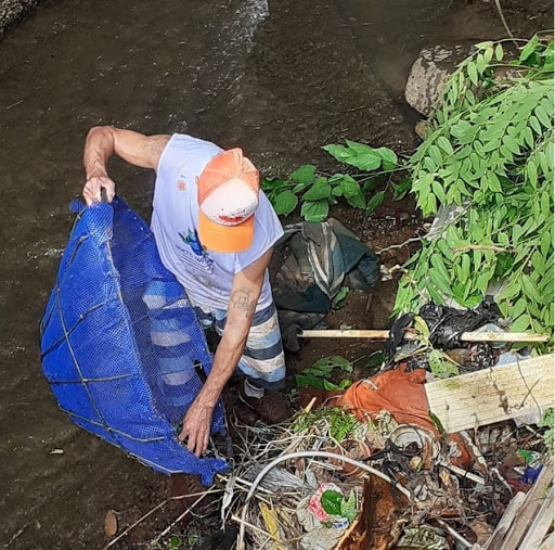 River Clean-Up Strengthens Land Rights Fight in Horto Favela