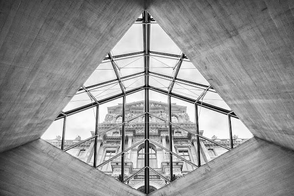 Dentro la piramide di Mario_Panteghini