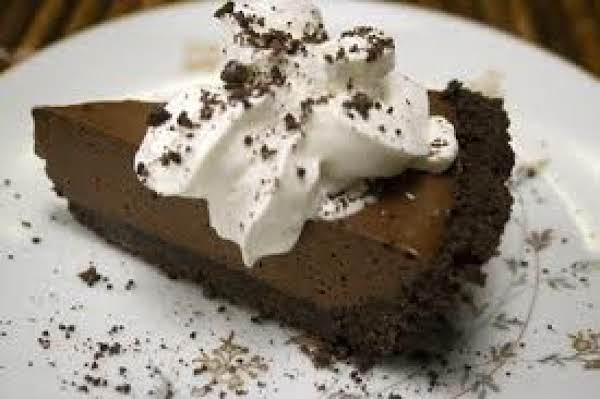 Heavenly Chocolate Mousse Pie Recipe