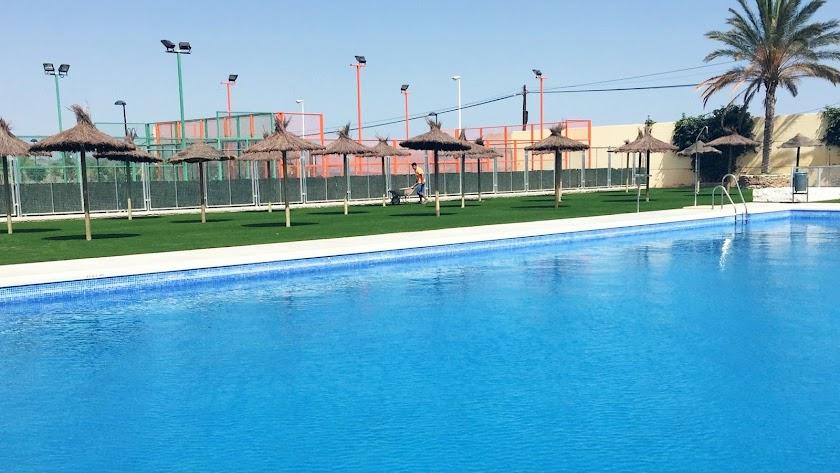 Imagen de la piscina municipal de Arboleas.