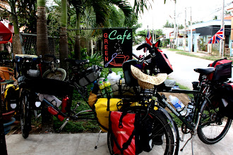 Photo: Year 2 Day 29 - At the Green Cafe