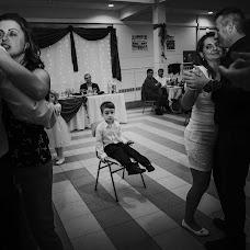 Wedding photographer Gábor Badics (badics). Photo of 26.11.2017