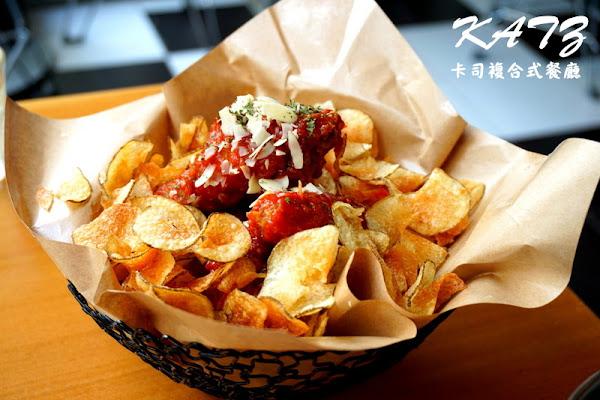 KATZ卡司複合式餐廳!道地韓式炸雞超好吃!近精明一街、精誠商圈!