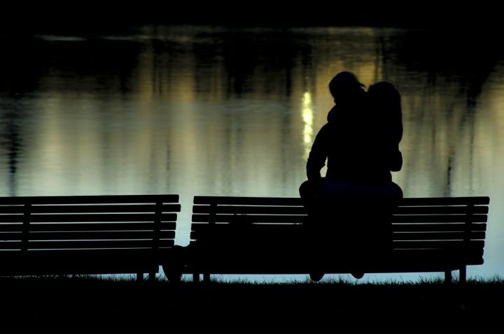 Il bacio. di Paolo Zanoni