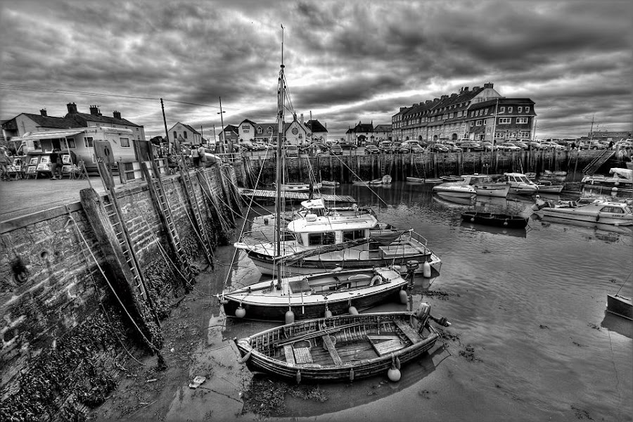 Fishermans wharf by Carlo Claveria - Black & White Landscapes ( hdr )