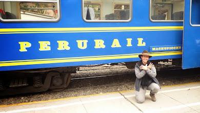 Photo: Train Pérurail qui amène près du Machu Picchu (Pérou)