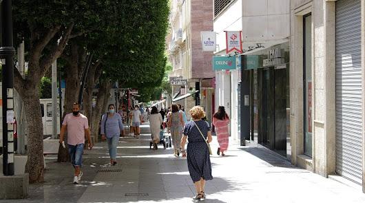 El comercio del centro celebrará la 'no Feria' abriendo también por la tarde