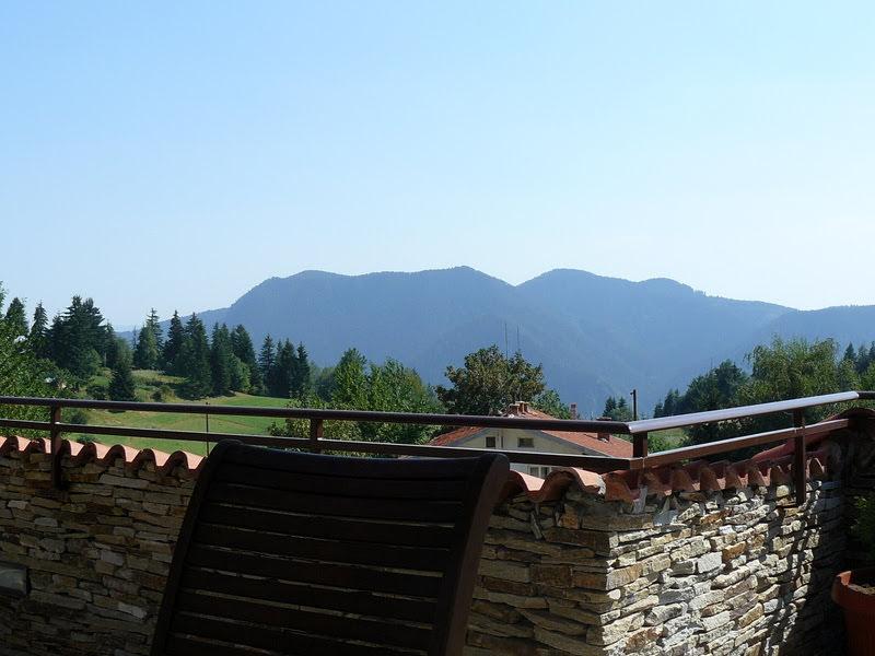 Хотел Смилен - изглед от терасата