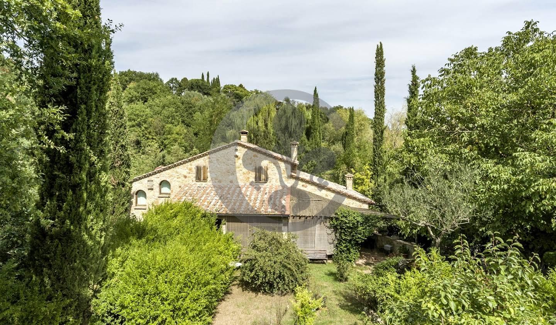 Corps de ferme avec jardin Montepulciano