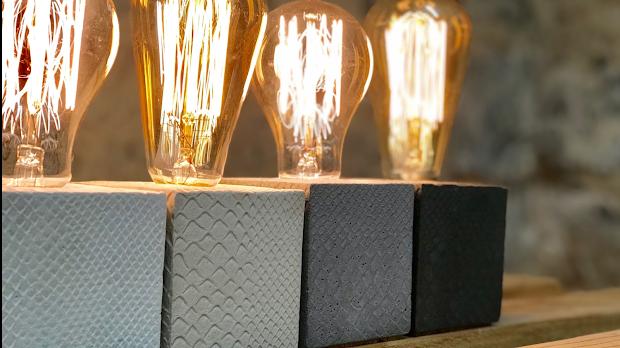 lampe en béton imprimé motif reptiile