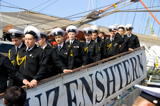 Photo: Sailors from Russian Kruzenshtern