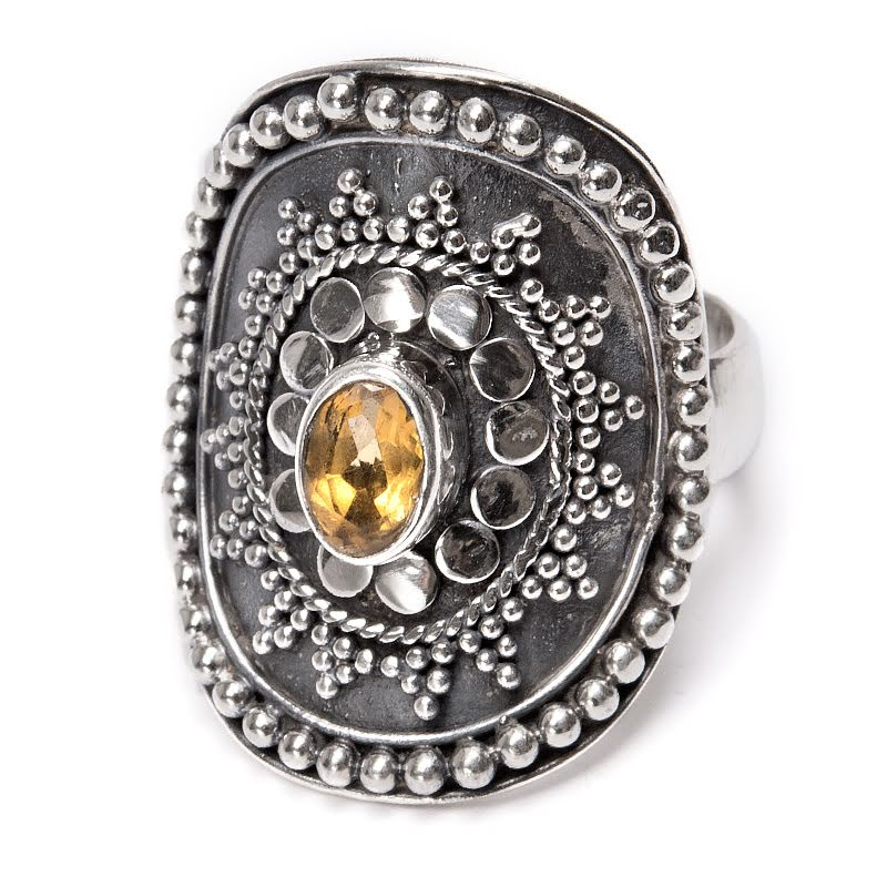 Citrin, silverring med sköld