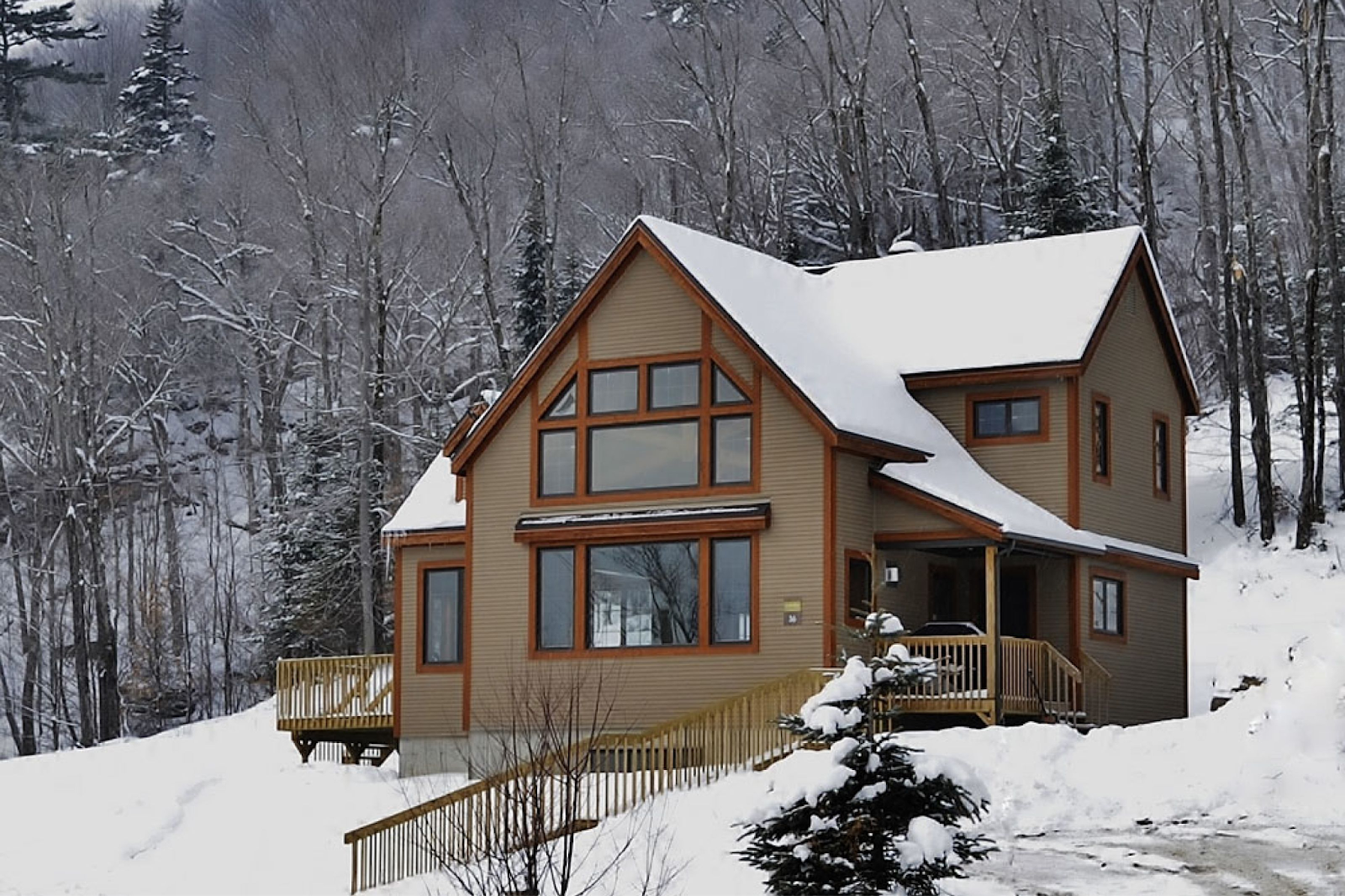 Cottages for rent near a ski mountain in Quebec City #20