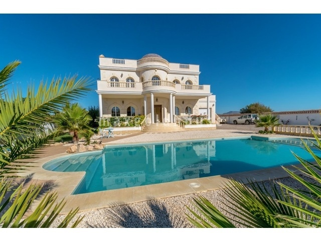 Truyols Detached Villa: Truyols Detached Villa for sale