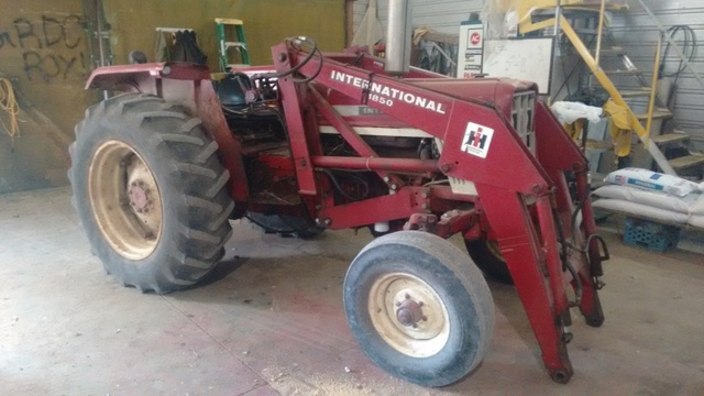 1970 574 International Tractors : Brakes on ih tractor forum