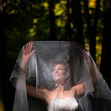 Wedding photographer Molnár Tamás (MolnarTamas). Photo of 25.11.2016