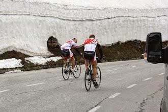 Photo: Die Schneewände werden höher.