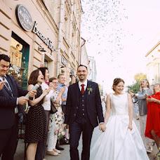 Wedding photographer Viktoriya Monakhova (loonyfish). Photo of 21.10.2017