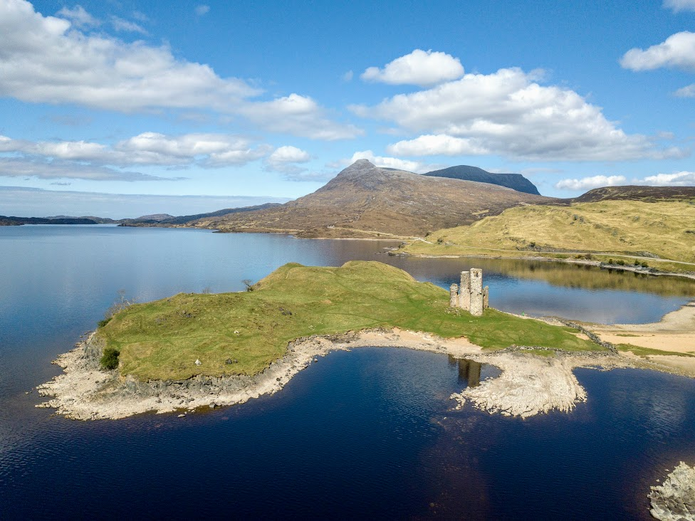 szkockie zamki, Ruiny Ardvreck Castle, Szkocja
