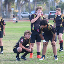 Meeting of the minds by Earnie Campbell - Sports & Fitness Rugby