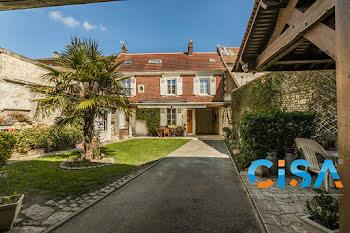 maison à La Neuville-Roy (60)