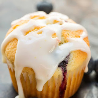 Blueberry Muffins With Lemon Glaze (VIDEO).