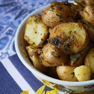 Boiled Crusted Potatoes.