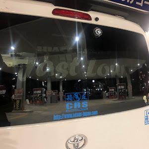 ハイエースバン TRH200V のカスタム事例画像 【Just Low】 ひろにぃさんの2019年11月12日22:56の投稿